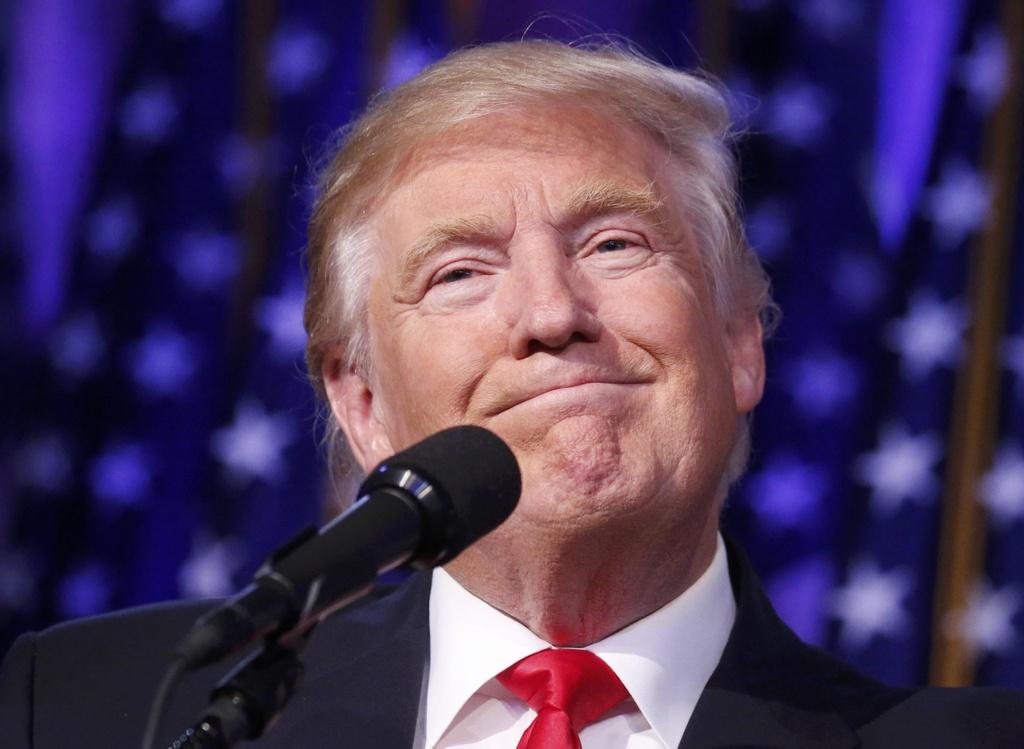 Trump xuat hien lan dau tien sau chien thang hinh anh 5