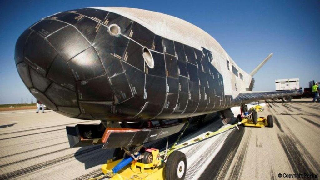 Su menh bi an cua X-37B trong khong gian hinh anh 6