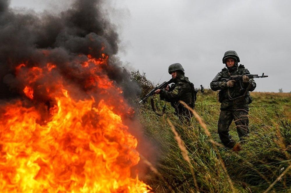 Sieu tang T-14 Armata lan dau xung tran tai Zapad 2017 hinh anh 1