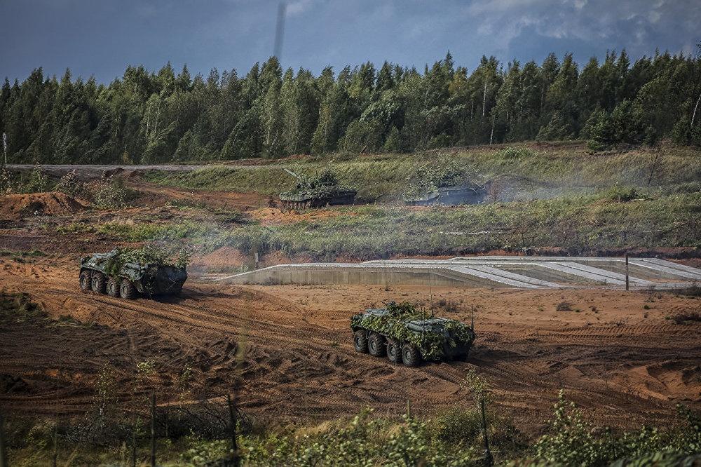 Sieu tang T-14 Armata lan dau xung tran tai Zapad 2017 hinh anh 8