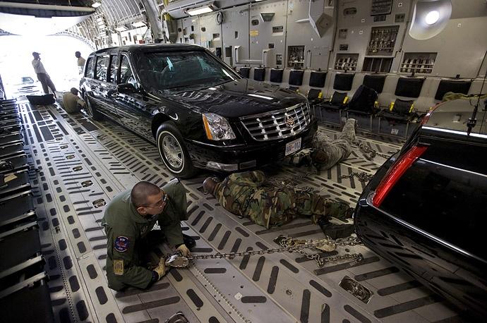 Ngua tho C-17 cho theo nhung gi den Viet Nam cho TT Trump? hinh anh 3