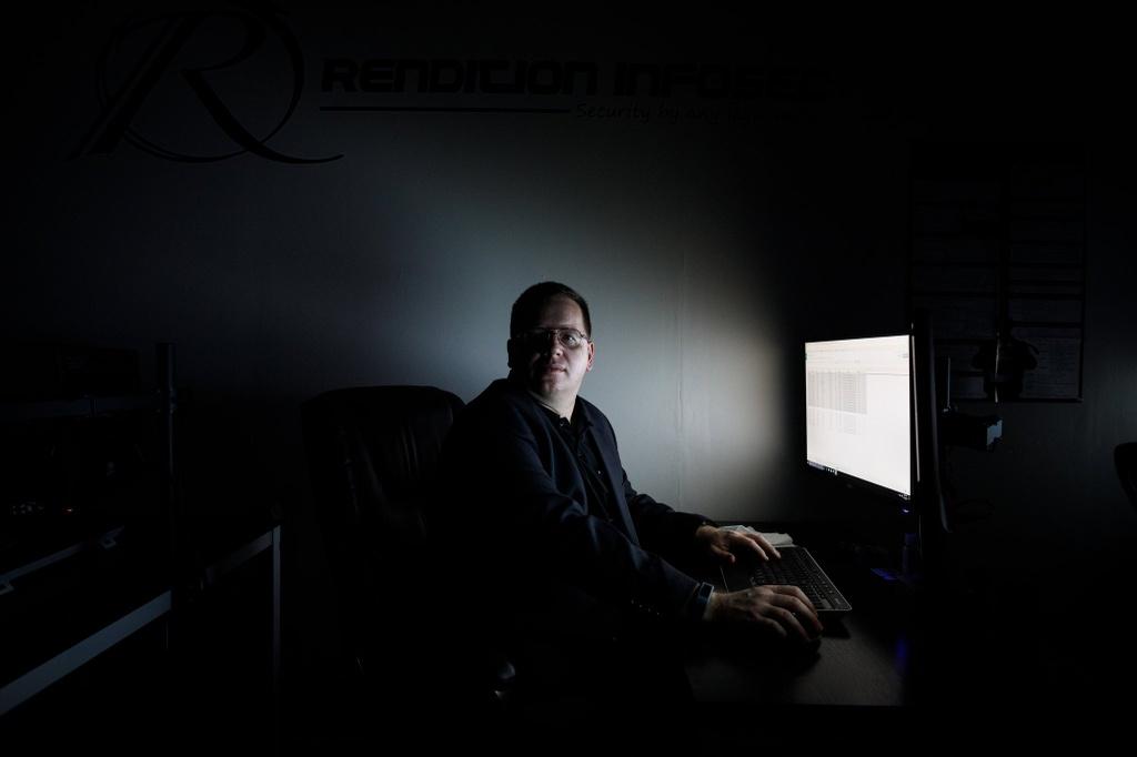 NSA bi hack anh 1