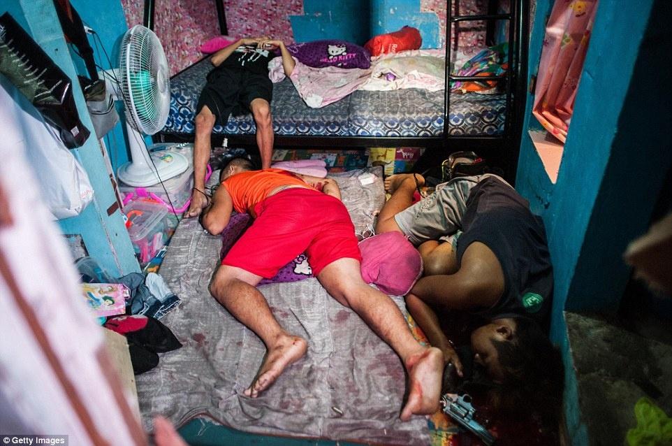 300 toi pham ma tuy bi ban chet trong 1 thang o Philippines hinh anh 6