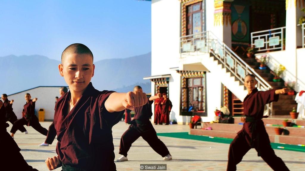 Nhung ni su luyen vo Viet Nam tren day Himalaya hinh anh 5