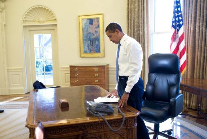 Nhung khoanh khac hau truong cua Obama suot 8 nam qua hinh anh 2