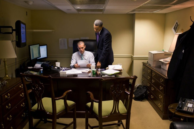 Nhung khoanh khac hau truong cua Obama suot 8 nam qua hinh anh 6