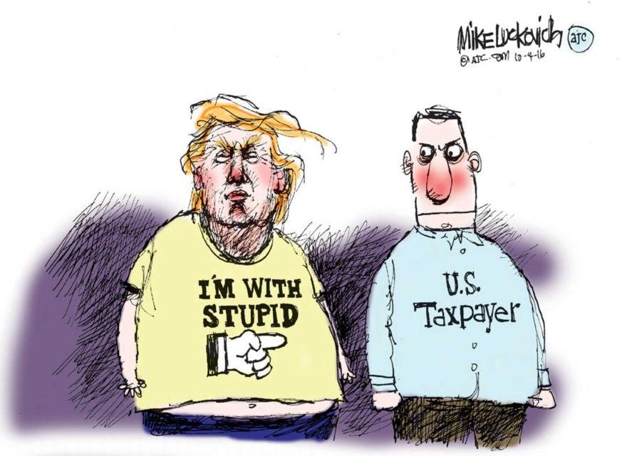 Man doi dau giua Trump va Clinton qua tranh biem hoa hinh anh 5