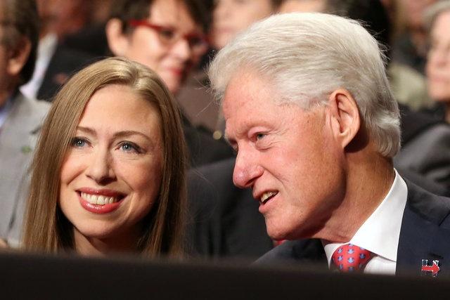 Clinton: Trump la con roi cua Putin hinh anh 8