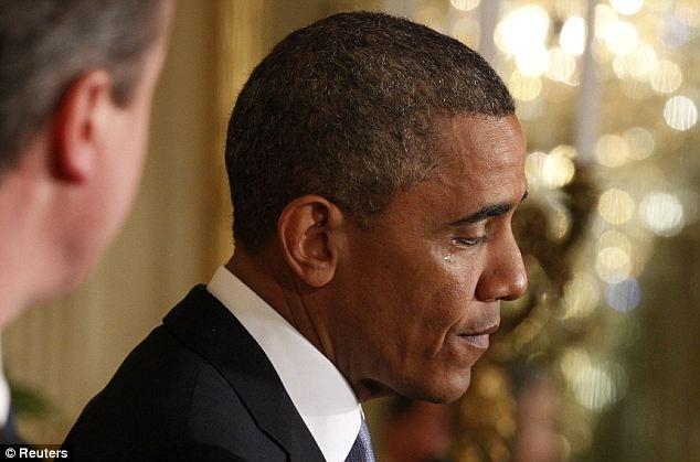 Nhung khoanh khac xuc dong cua Obama suot 8 nam qua hinh anh 10