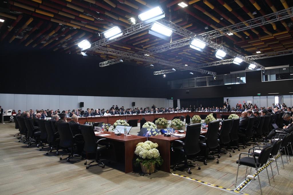 Chu tich nuoc Tran Dai Quang den Peru du hoi nghi APEC 2016 hinh anh 6