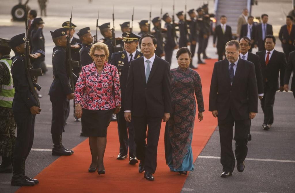 Chu tich nuoc Tran Dai Quang den Peru du hoi nghi APEC 2016 hinh anh 4