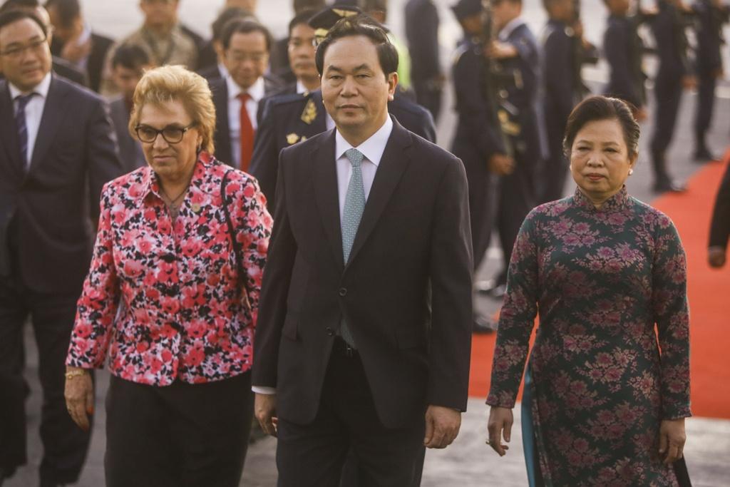 Chu tich nuoc Tran Dai Quang den Peru du hoi nghi APEC 2016 hinh anh 5
