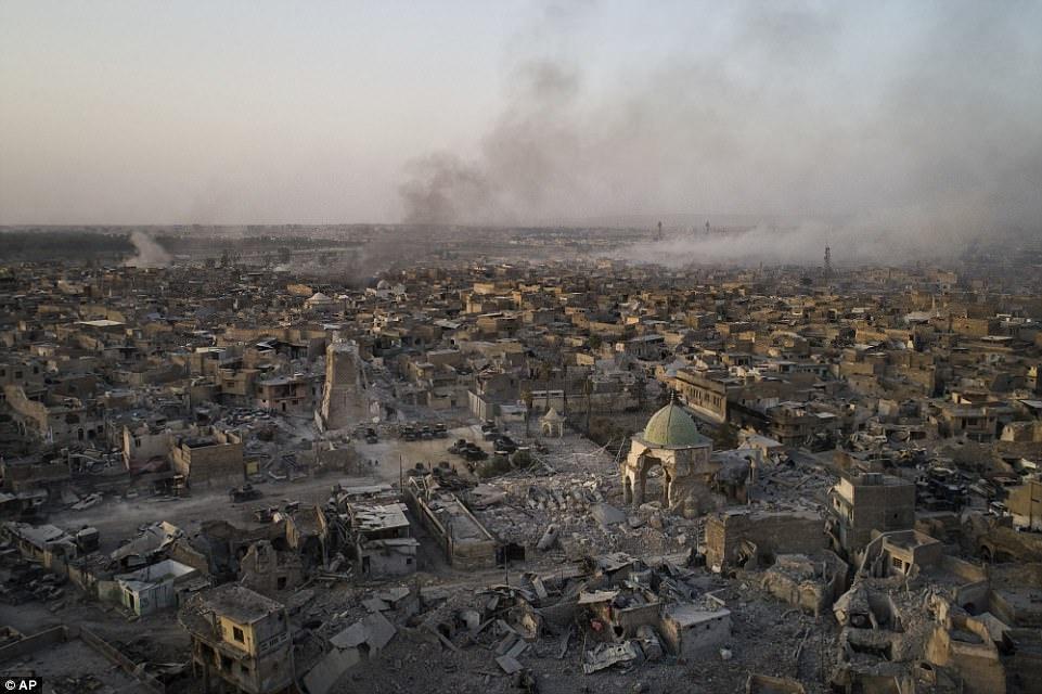 Mosul sam uat hoa tan hoang sau 9 thang bi IS chiem dong hinh anh 11