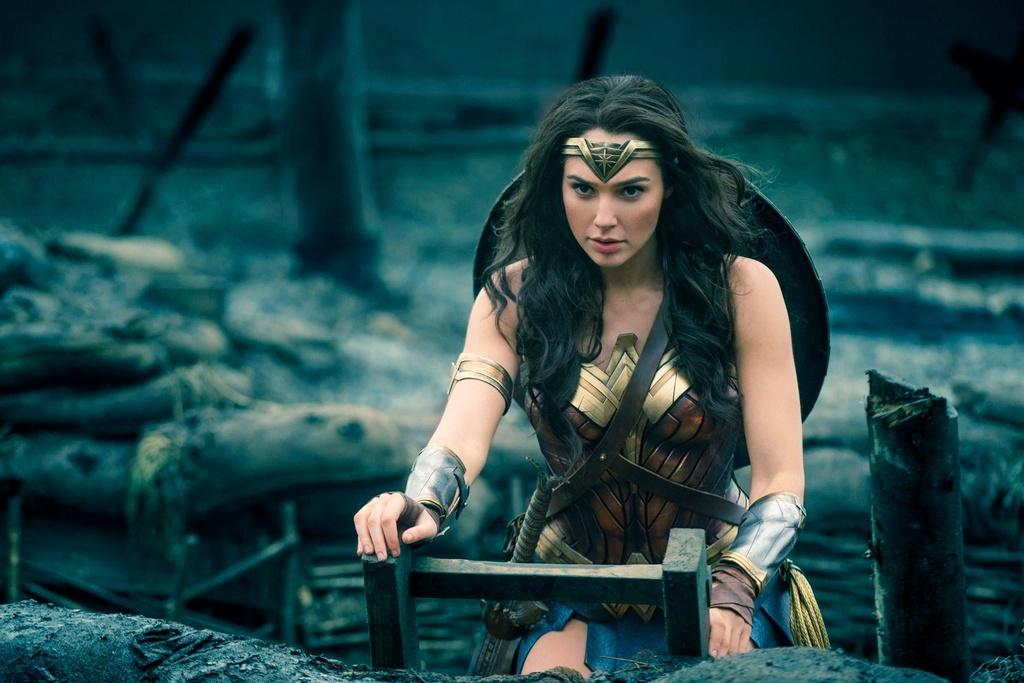 Marvel doi dau DC: Khong chi la cuoc chien 'Thor' - 'Justice League' hinh anh 3