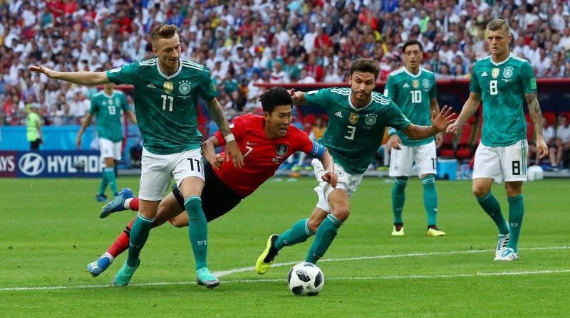 Duc bi loai khoi World Cup anh 2