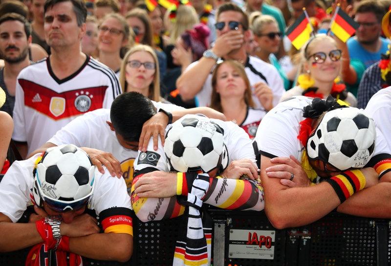 Duc bi loai khoi World Cup anh 3