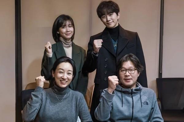 Phim trinh tham giet nguoi ky bi cua Jun Ho (2PM) gay sot man anh Han hinh anh 9