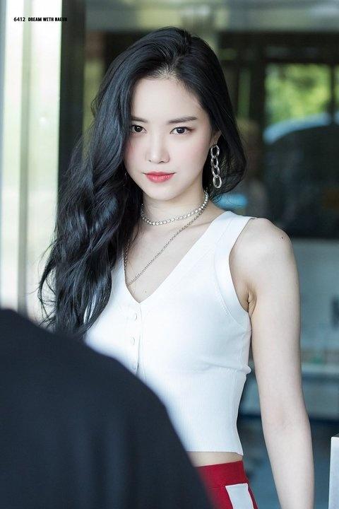 Nhan sac nu than tuong nong bong nhat Kpop hinh anh 11 original.jpg