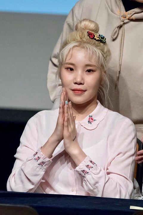 Sao nu Han thay doi the nao sau khi noi tieng? hinh anh 1 cfs14224_cho_minh_hoi_tai_sao_cac_ban_lai_cho_rang.jpg