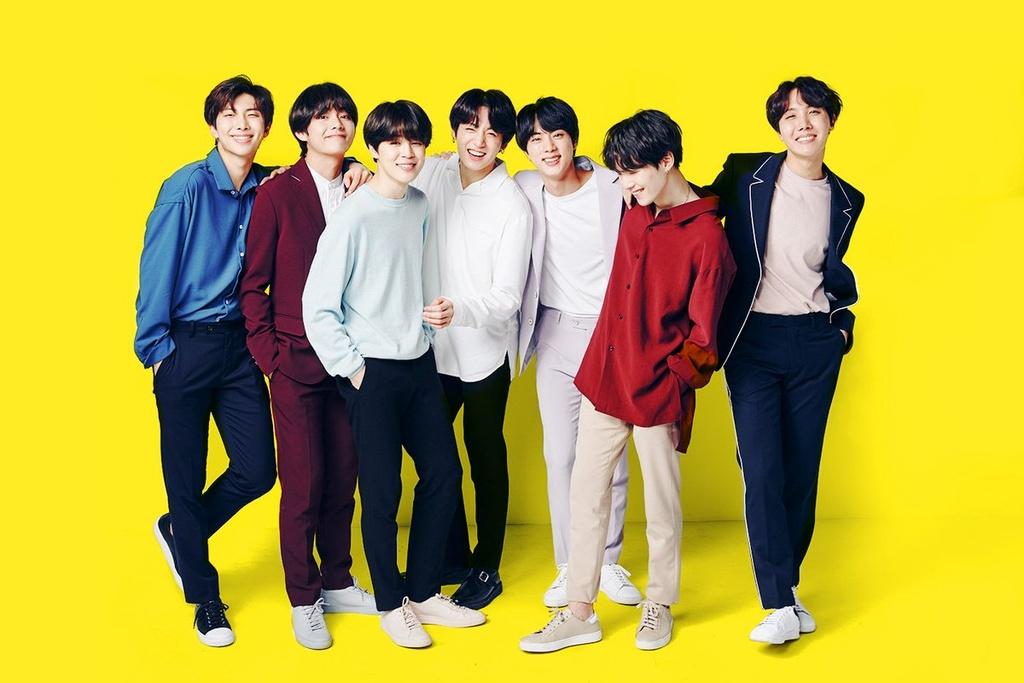 Tháng 6/2019, Guinness công nhận album Map of the Soul: Persona của BTS là album bán chạy nhất Hàn Quốc (với hơn 3.399.302 đĩa cứng), phá vỡ kỷ lục kéo dài 24 năm của ca sĩ Kim Gunmo với album Wrongful Meeting (1995). BTS cũng là nghệ sĩ có nhiều tuần no.1 BXH Billboard Social 50 nhất (164 tuần tính đến ngày 8/2/2020).