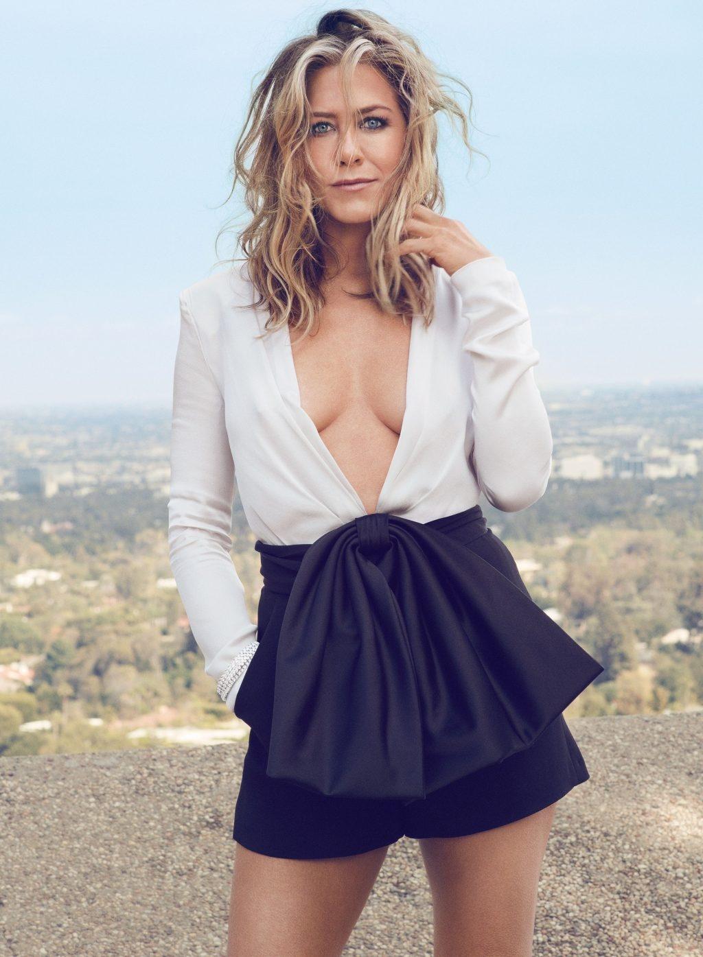 Jennifer Aniston anh 1