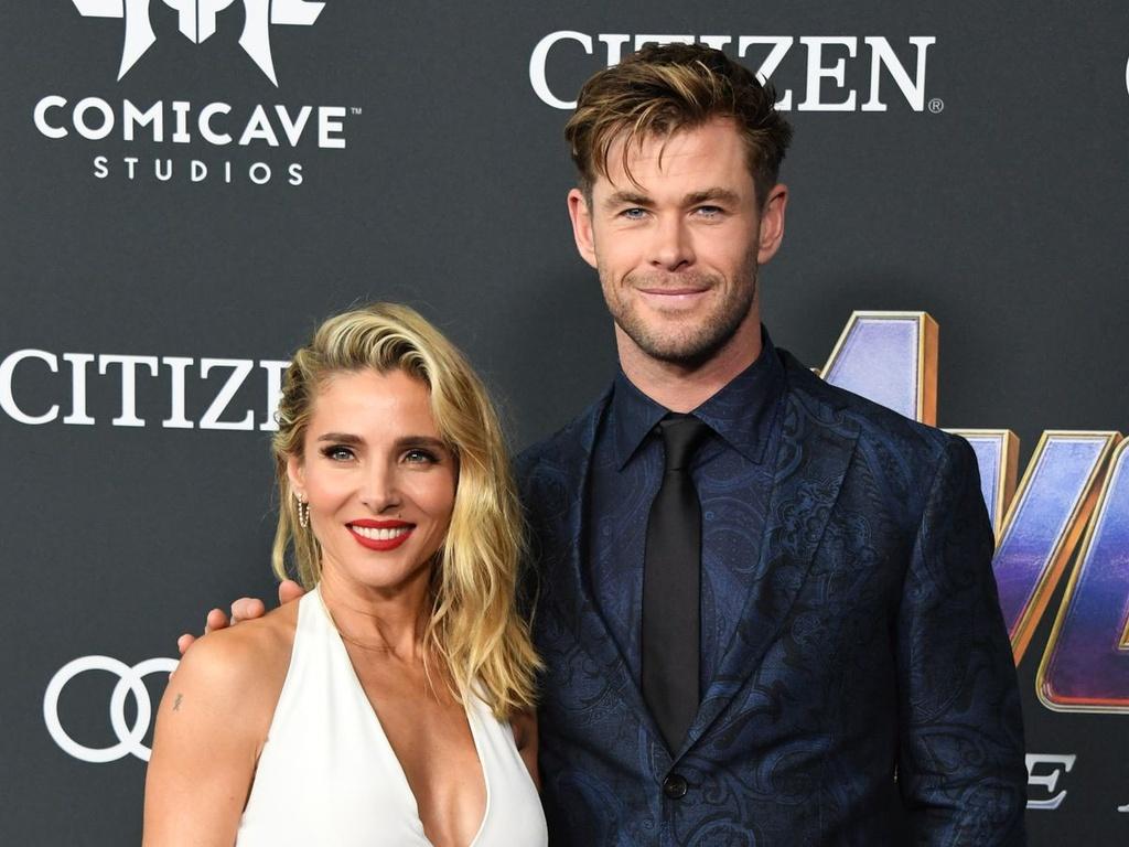 Liam Hemsworth đưa bạn gái mới về giới thiệu gia đình