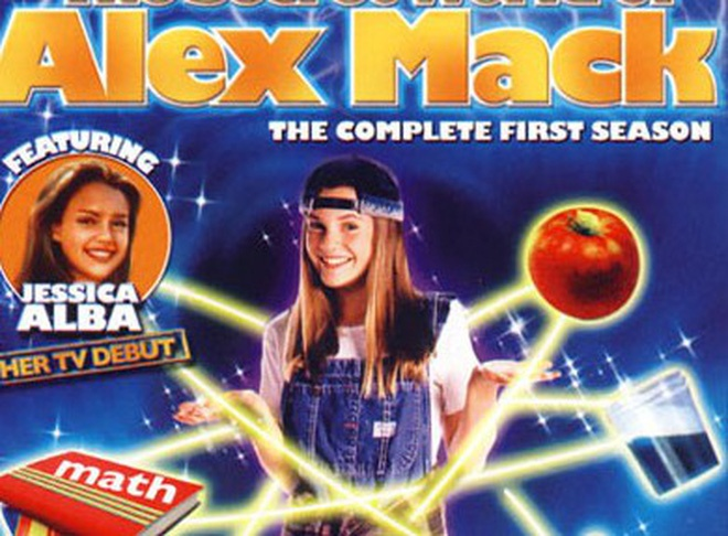Nu chinh phim The gioi bi mat cua Alex Mack anh 1