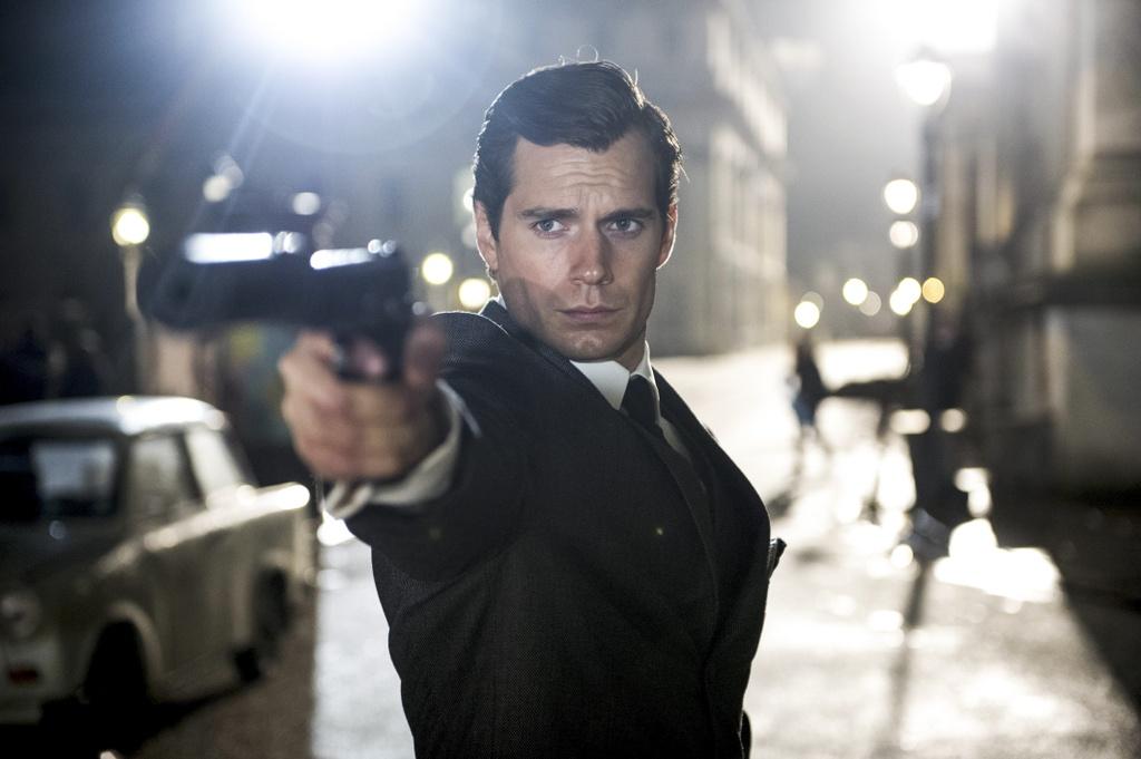 sieu nhan Henry Cavill muon dong James Bond anh 4