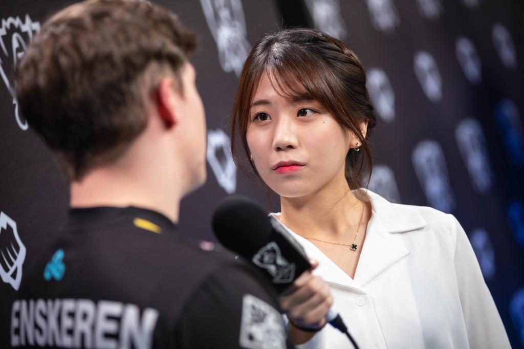 MC xinh dep tai chung ket the gioi 2019 anh 12