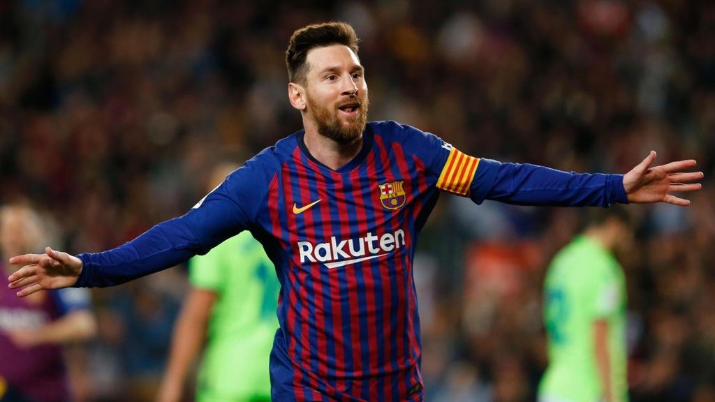 Ronaldo,  Messi khong phai la VDV co thu nhap cao nhat the gioi anh 2