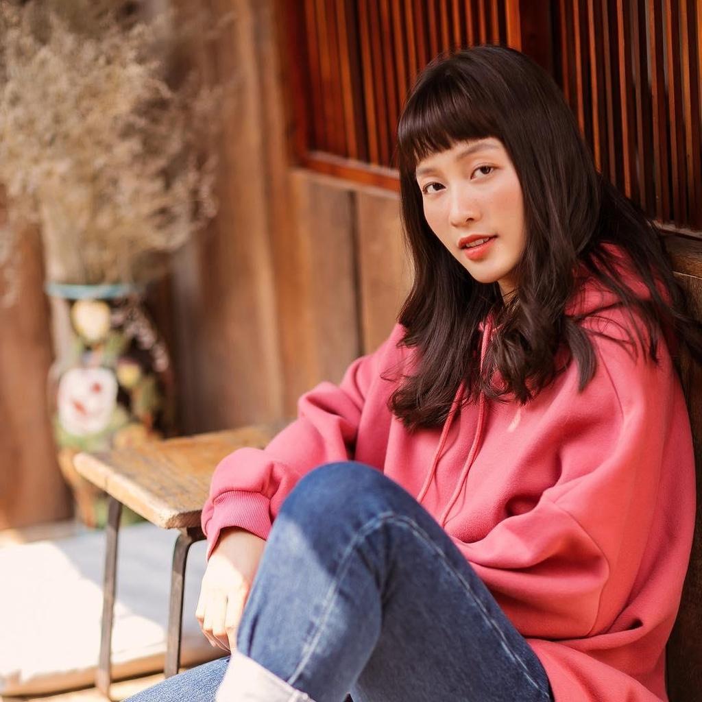 Hot girl Kha Ngan: 'Ai dong den gia dinh, nhat dinh toi khong de yen' hinh anh 4