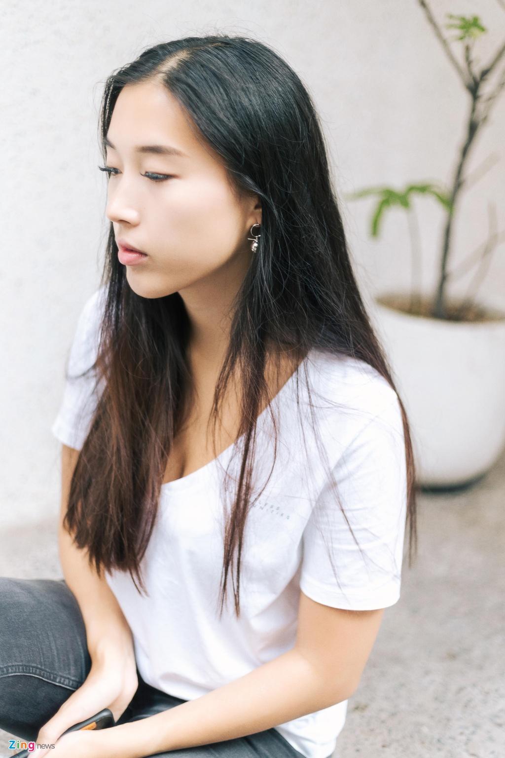 Ban gai Huynh Anh: 'Yeu xa khong kho nhu nguoi ta nghi' hinh anh 6