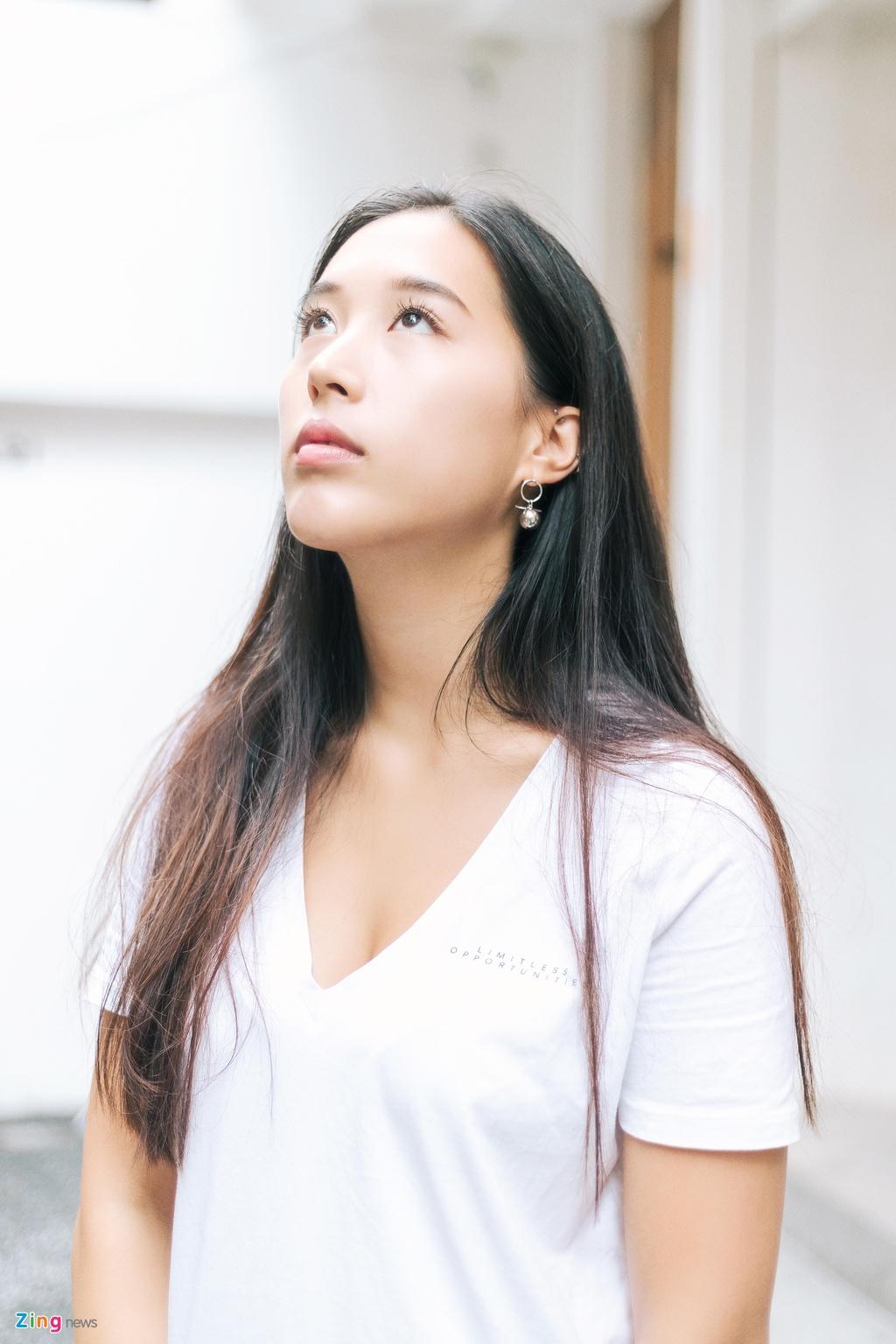 Ban gai Huynh Anh: 'Yeu xa khong kho nhu nguoi ta nghi' hinh anh 7