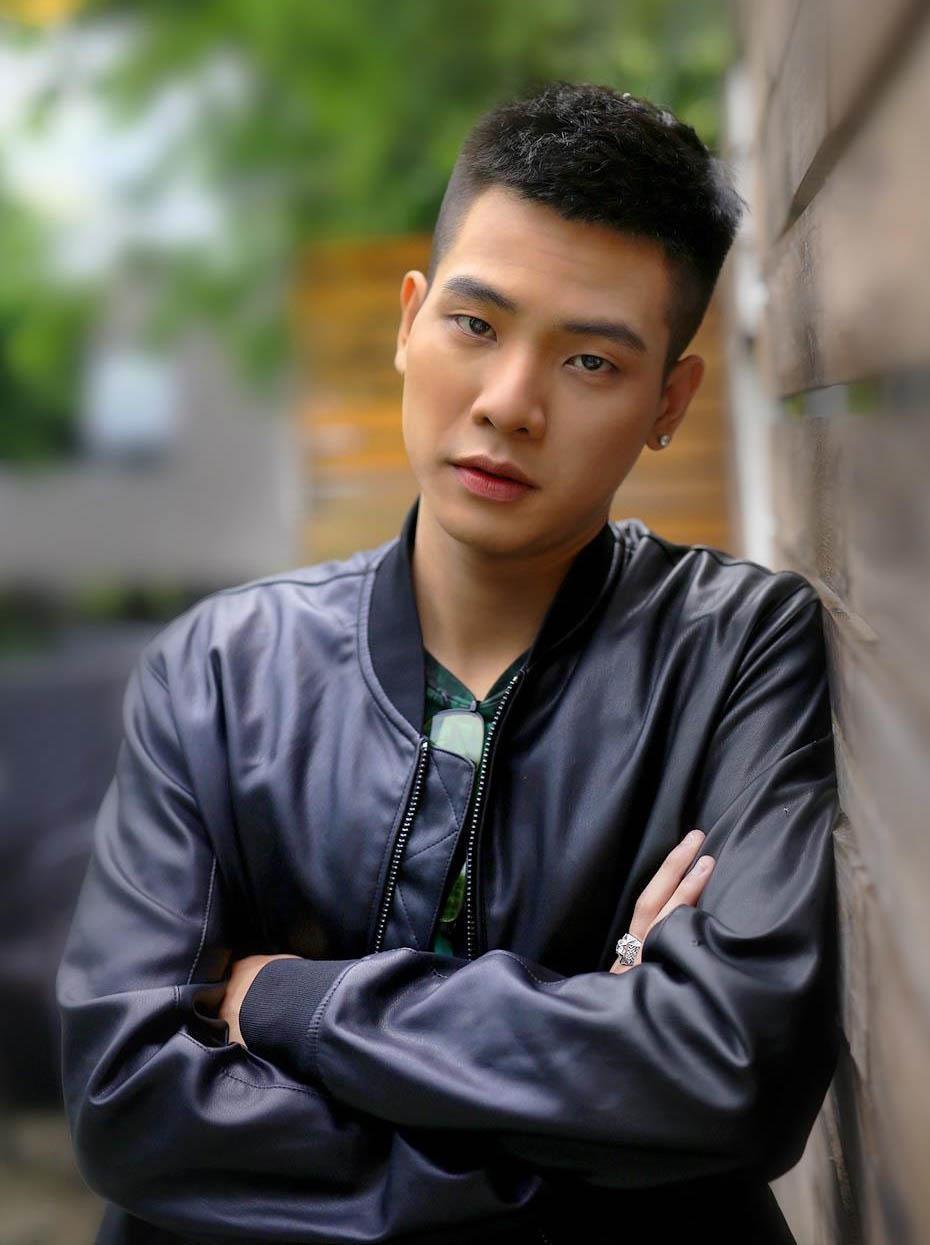 Hien tuong mang Huong Ly va nhung guong mat dinh dam trong lang cover hinh anh 3