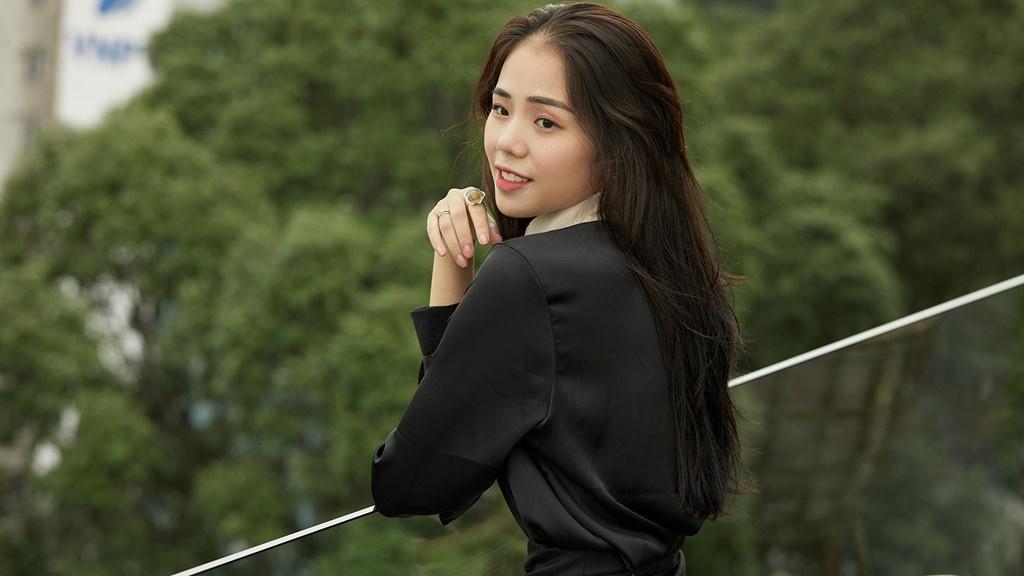 Hien tuong mang Huong Ly va nhung guong mat dinh dam trong lang cover hinh anh 1