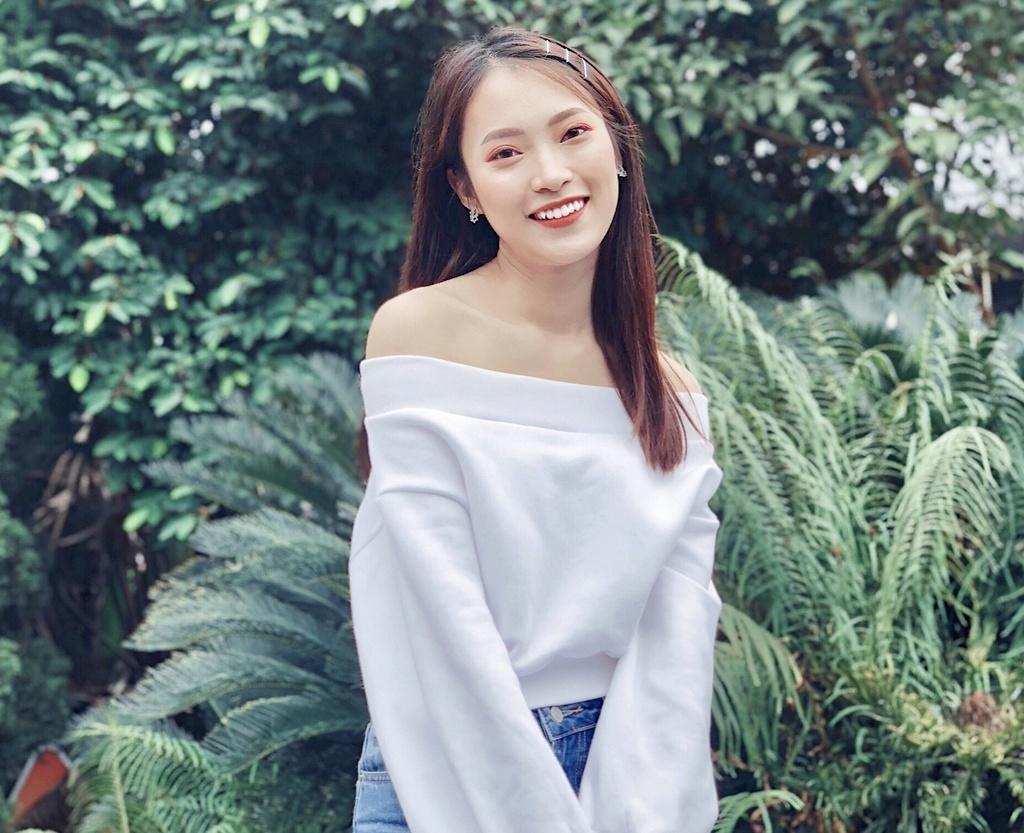 Hot girl Khanh Vy: 'Minh lam nhieu hon mot co gai noi 7 thu tieng' hinh anh 3