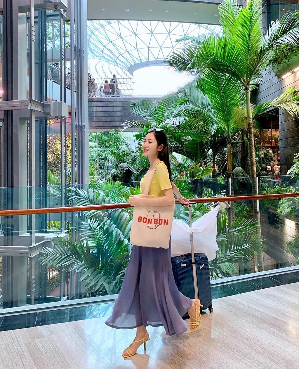 2 beauty blogger bang tuoi, xuat than giau co, ngoai hinh cuon hut hinh anh 8