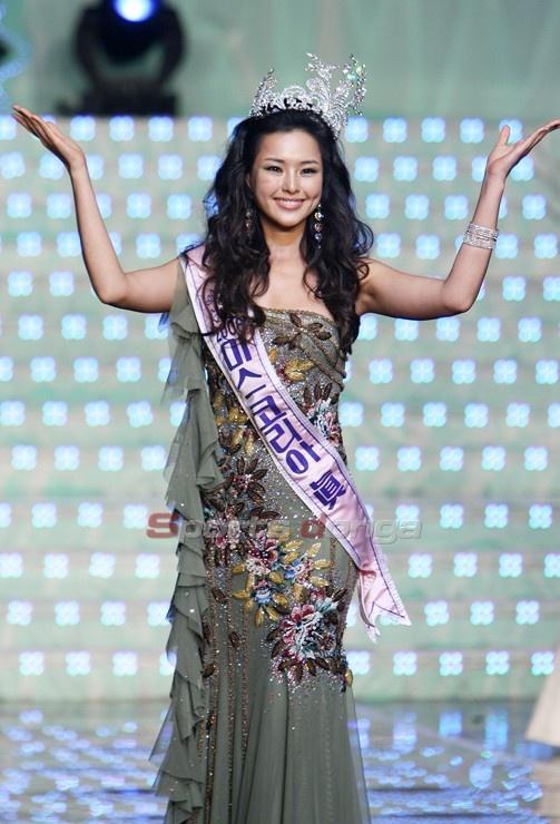 Vi sao Honey Lee duoc menh danh la Hoa hau goi cam nhat Han Quoc? hinh anh 3 Honey_Lee_2.jpg