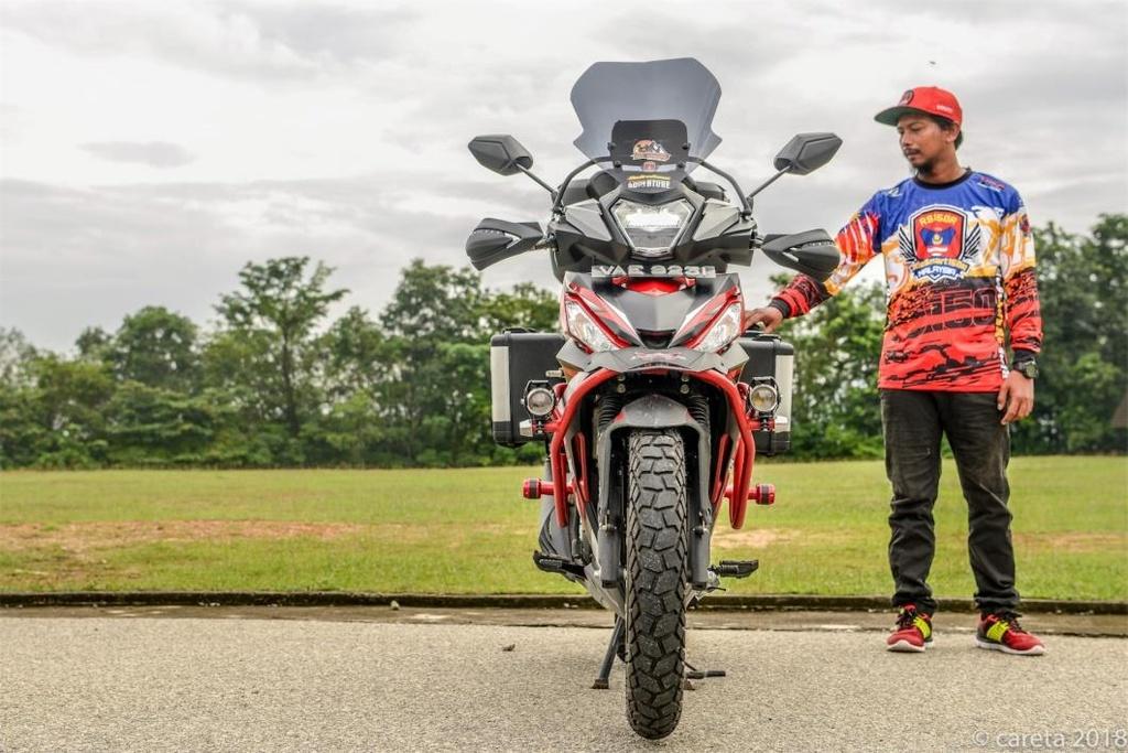 Honda Winner do phong cach 'di phuot' cua thay giao cuc chat hinh anh 2