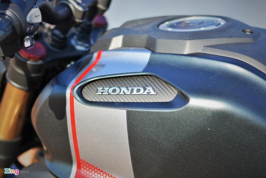 Danh gia kha nang van hanh trong pho cua Honda CB150R Exmotion hinh anh 16
