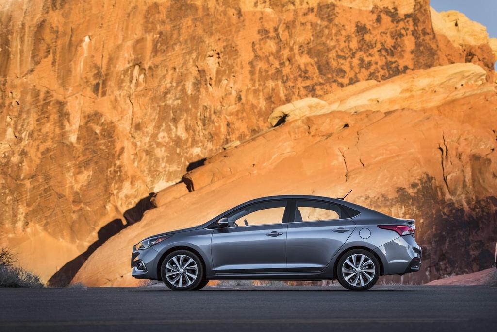 Hyundai Accent 2020 trang bi dong co moi 1.6L - tiet kiem hon, yeu hon hinh anh 2