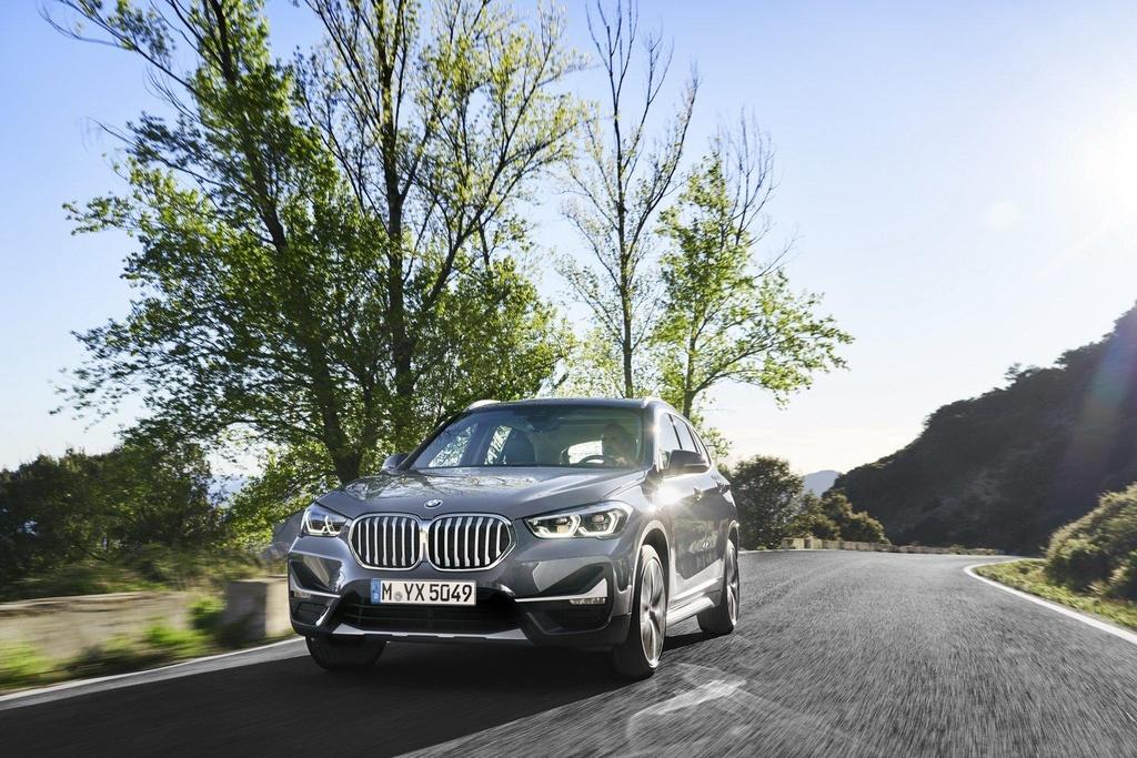 BMW X1 2020 ra mat tai Australia, noi bat voi luoi tan nhiet khong lo hinh anh 1