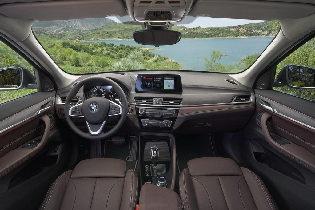 BMW X1 2020 ra mat tai Australia, noi bat voi luoi tan nhiet khong lo hinh anh 5