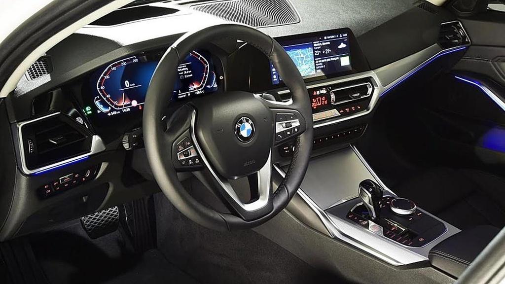 Li do BMW thu phi su dung Apple CarPlay anh 5