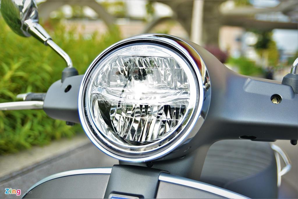 Trai nghiem Vespa GTS Super 150 2019: kho khan khi di chuyen trong pho hinh anh 8