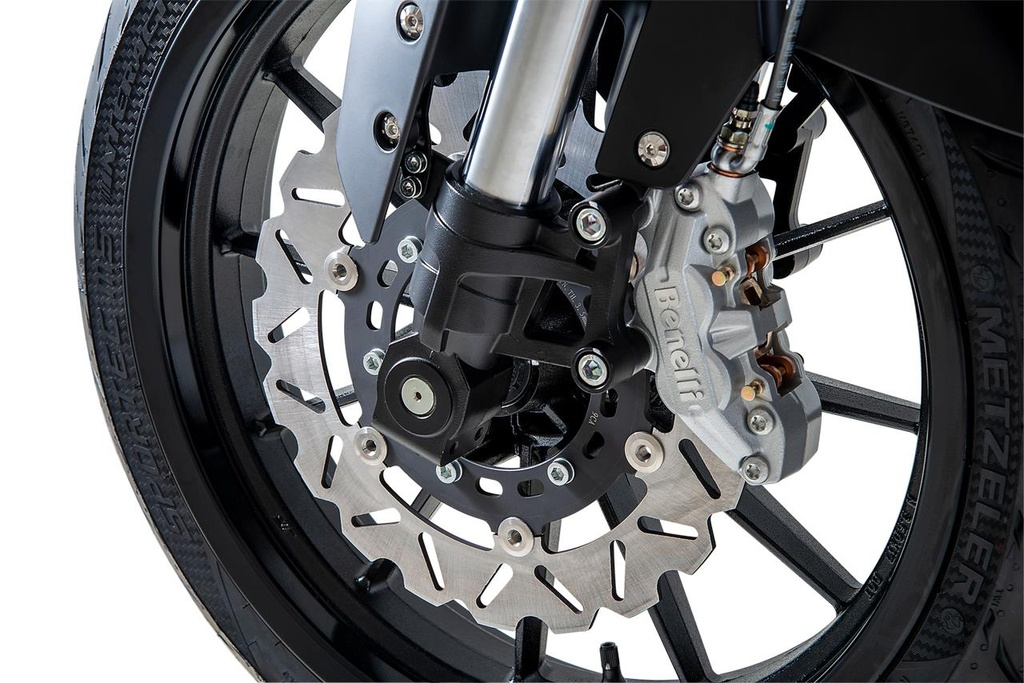 Xe phuot co nho Benelli TRK 251 cap ben Dong Nam A hinh anh 7