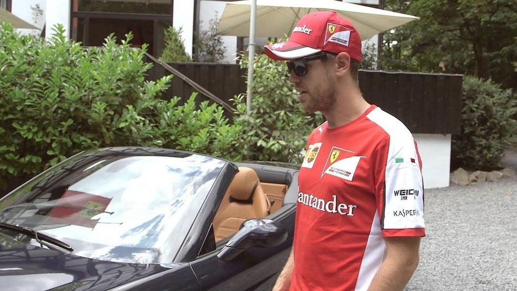 Dan xe cua tay dua F1 anh 9