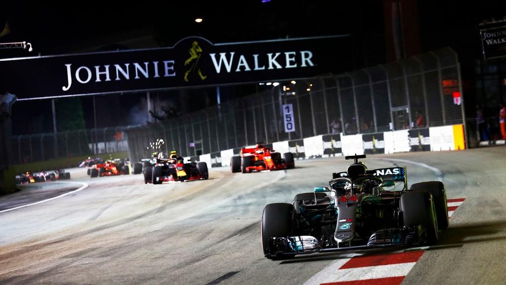Toan canh chang dua F1 Singapore GP anh 6