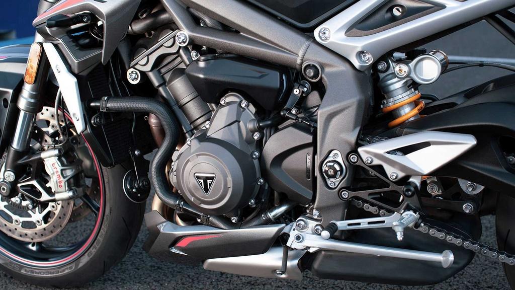 Triumph Street Triple RS 2020 ra mat, du dan hon, dong co Moto2 hinh anh 3