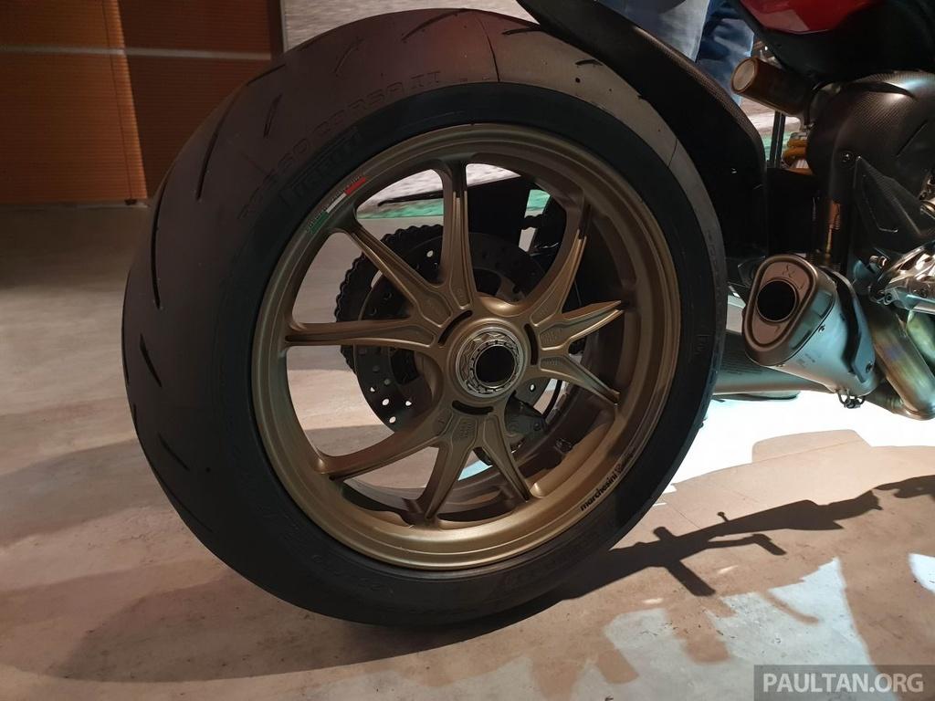 Chi tiet Ducati Streetfighter V4 2020, trang bi canh gio nhu xe MotoGP hinh anh 9